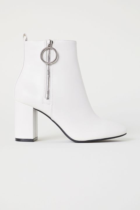 Footwear, White, Shoe, High heels, Joint, Boot, Fashion accessory, Chain,