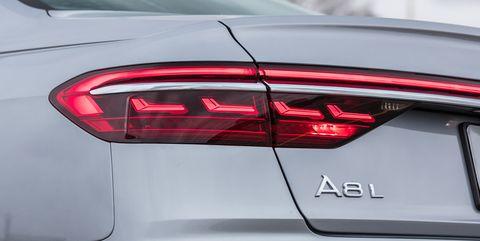 Land vehicle, Vehicle, Car, Automotive design, Automotive lighting, Executive car, Trunk, Mid-size car, Luxury vehicle, Personal luxury car,