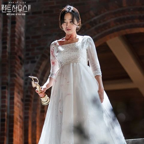 《上流戰爭2》李智雅起死回生激吻嚴基俊!「他」居然黑化害死親生女兒