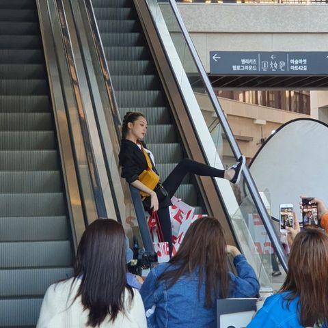 Escalator, People, Transport, Crowd, Fun, Urban area, Tourism, Metropolitan area, Architecture, Vacation,