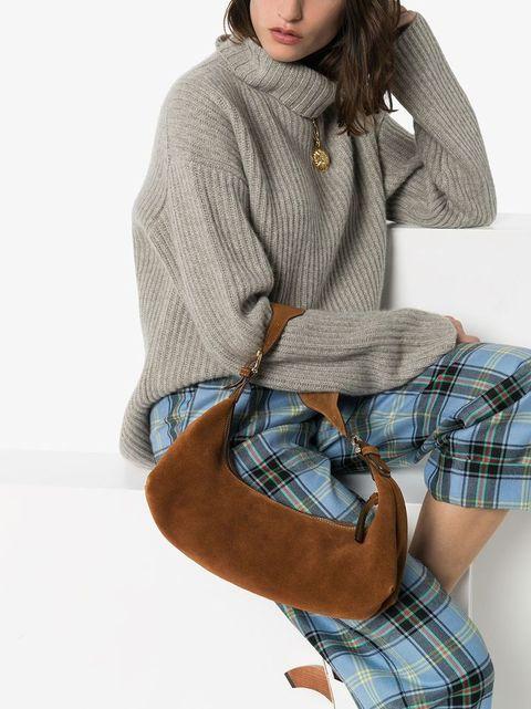 Plaid, Clothing, Tartan, Pattern, Footwear, Brown, Fashion, Design, Shoulder, Sleeve,