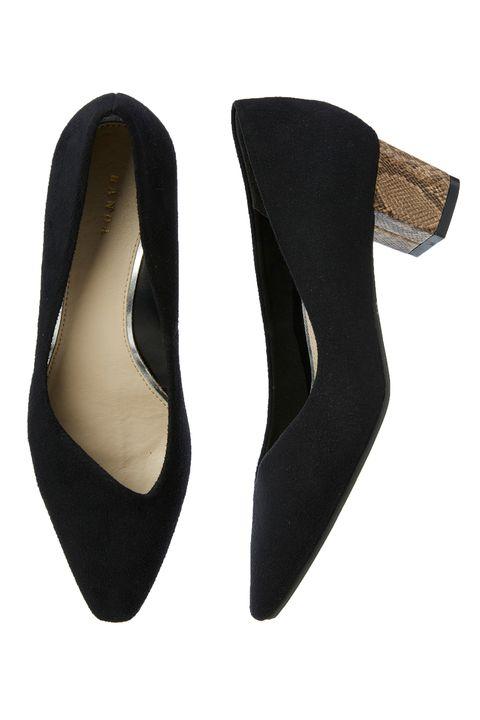 Footwear, Court shoe, Shoe, High heels, Suede, Leather, Beige, Dancing shoe, Basic pump, Ballet flat,