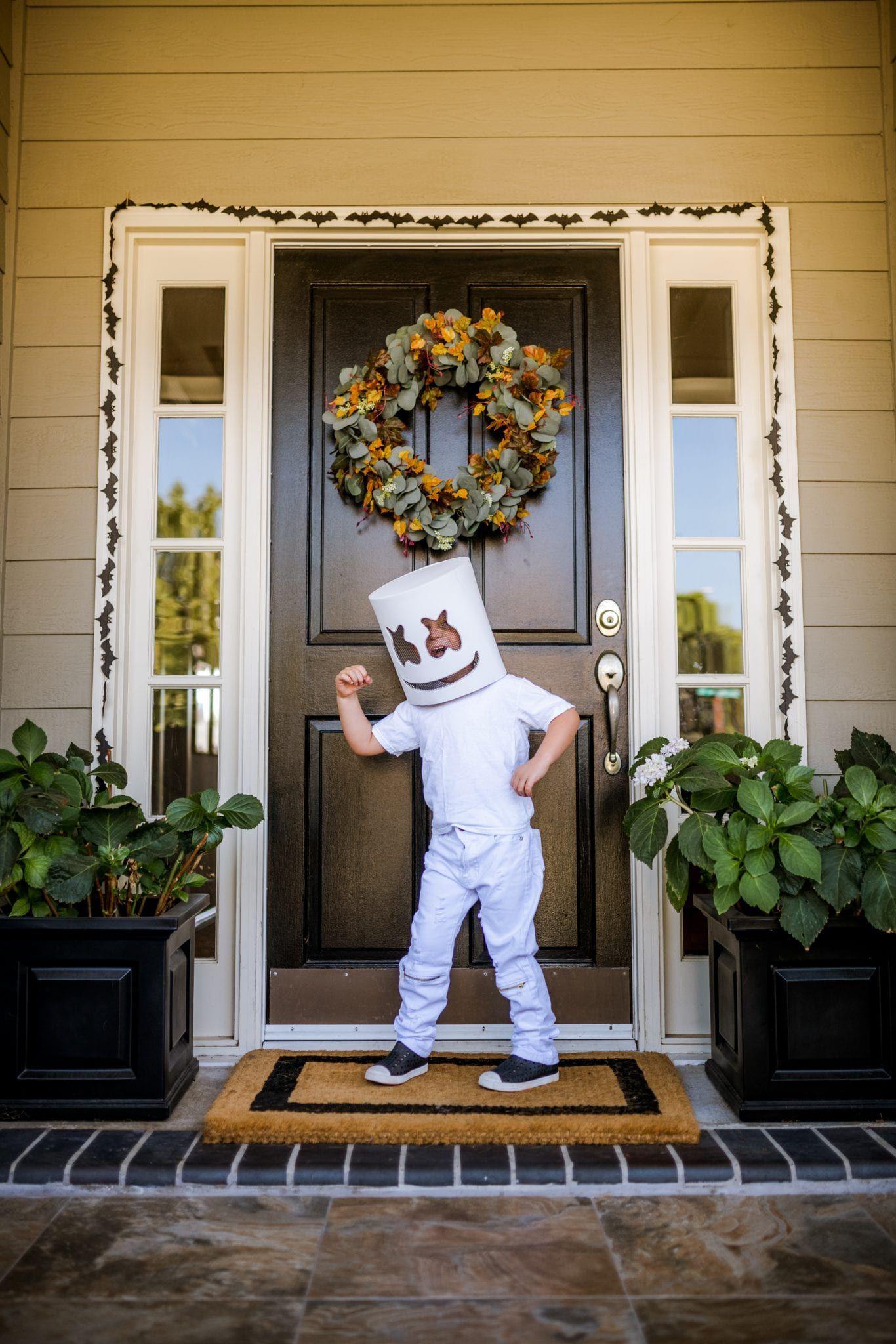 35 Best Halloween Door Ideas DIY Door Decorations for