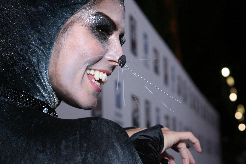 Heidi Klum Halloween Costumes Over the Years - Heidi Klum ...