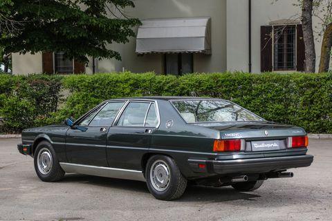 Land vehicle, Vehicle, Car, Sedan, Classic car, Lancia prisma, Executive car, Luxury vehicle, Coupé, Family car,