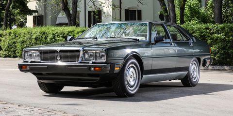 Land vehicle, Vehicle, Car, Coupé, Personal luxury car, Luxury vehicle, Full-size car, Sedan, Automotive design, Classic car,