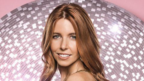 Hair, Face, Fashion model, Beauty, Hairstyle, Blond, Long hair, Fashion, Brown hair, Lip,