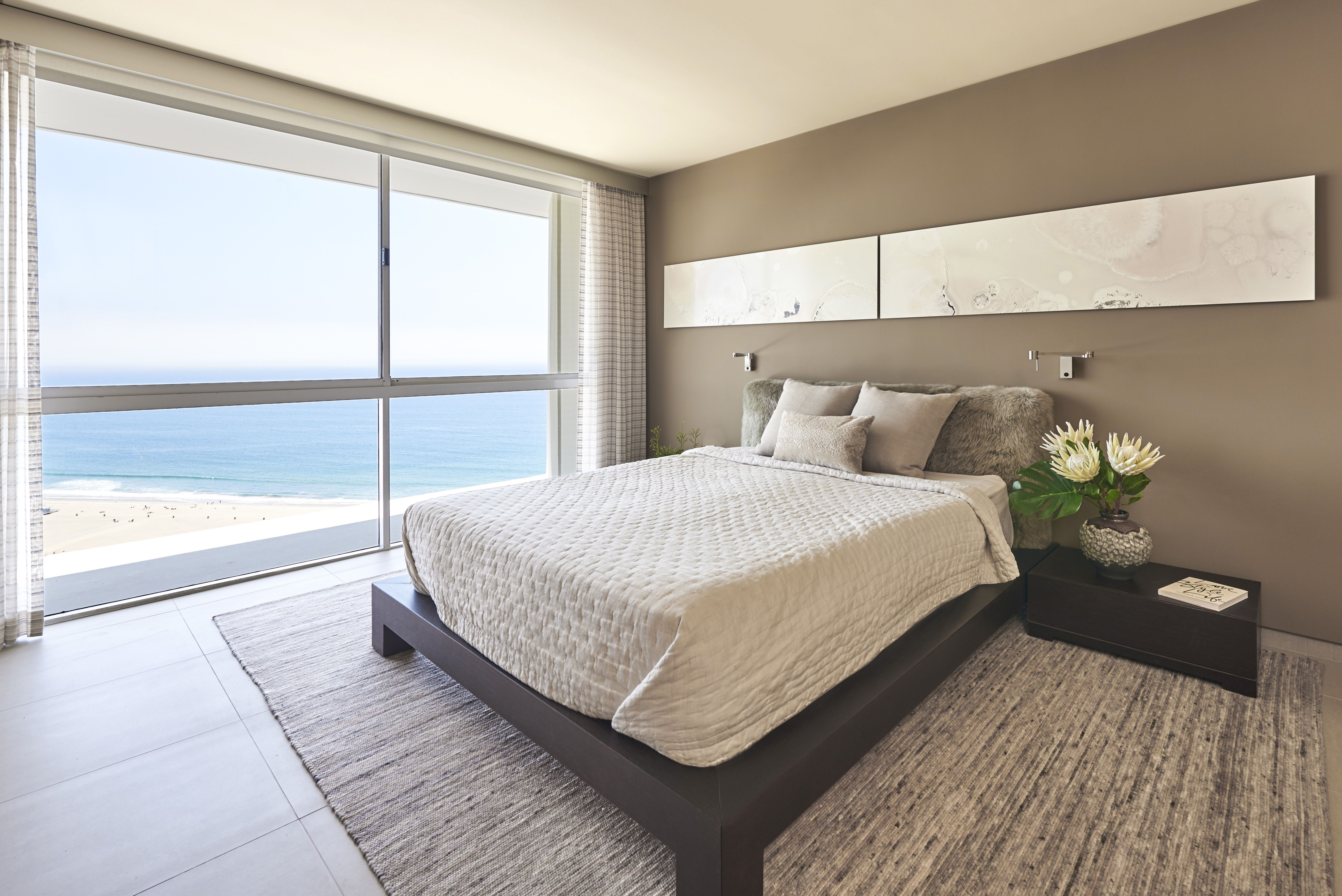 28 Sophisticated Bedrooms With Low Platform Beds Low Platform Bed Ideas