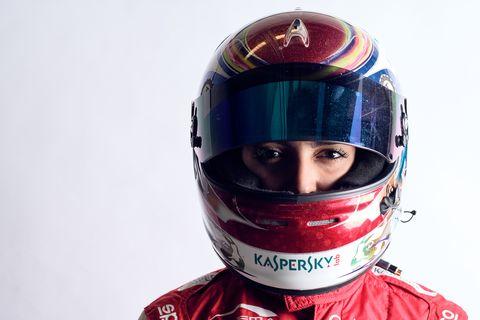 Risultati immagini per foto di Amna Al Qubaisi pilota araba formula uno