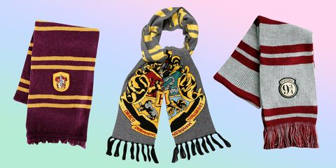 Scarf, Clothing, Stole, Fashion accessory, Textile,