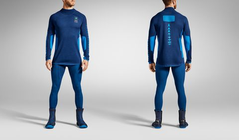 Blue, Cobalt blue, Clothing, Electric blue, Sleeve, Wetsuit, Standing, Sportswear, Azure, Outerwear,