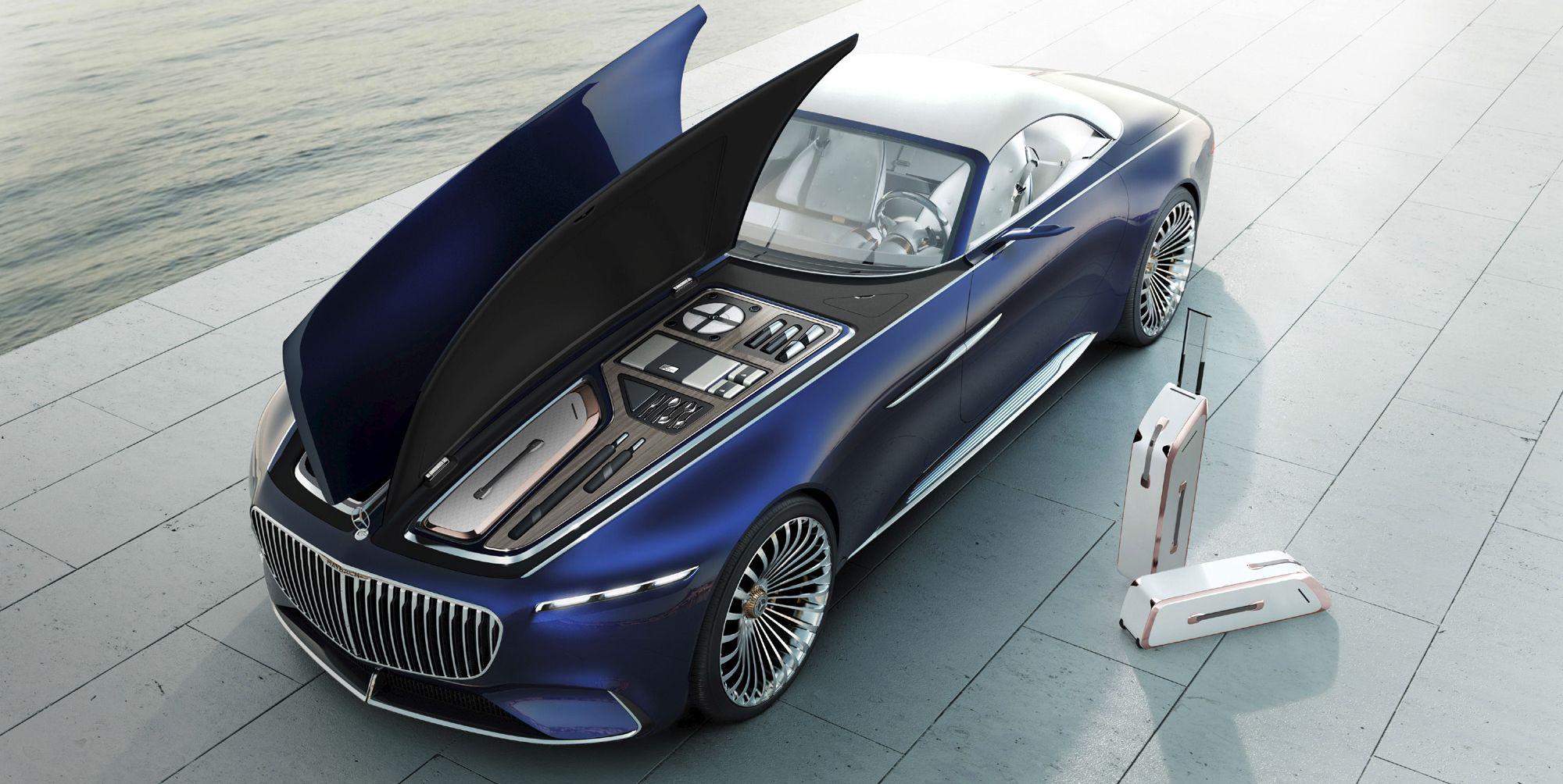Los casi seis metros de largo del Mercedes-Maybach 6 Cabriolet y su forma ovalada recuerdan a un yate.