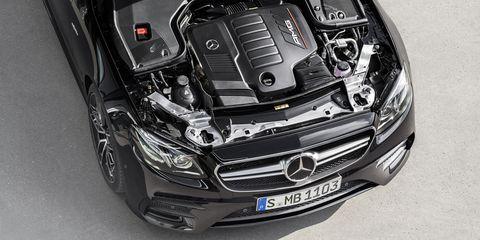 Car, Vehicle, Automotive design, Luxury vehicle, Motor vehicle, Hood, Grille, Mercedes-benz, Personal luxury car, Bumper,