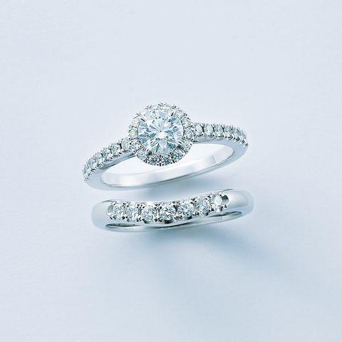 「ミキモト リュミエール」エンゲージリングとダイヤモンドがセットされたマリッジリング