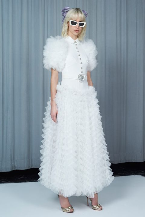 White, Clothing, Fashion model, Shoulder, Fashion, Dress, Waist, Haute couture, Fur, Gown,