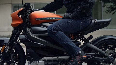 Vehicle, Motorcycle, Motorcycle accessories, Car, Automotive tire, Auto part, Tire, Automotive design, Rim, Automotive wheel system,