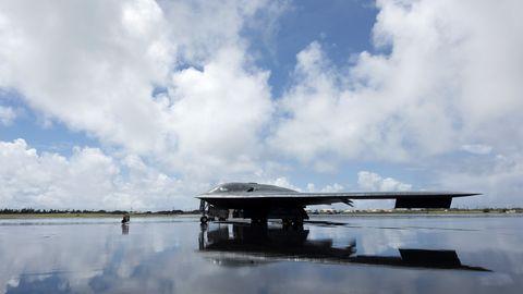 Sky, Airplane, Vehicle, Reflection, Cloud, Aircraft, Northrop grumman b-2 spirit, River, Lake,