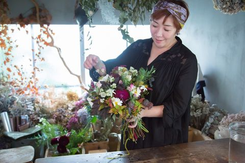 Floristry, Flower Arranging, Floral design, Flower, Bouquet, Plant, Art, Cut flowers, Artificial flower, Artwork,