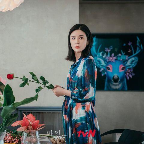 netflix韓劇《我的上流世界》李寶英42歲超凍齡,6招養出零瑕疵牛奶肌