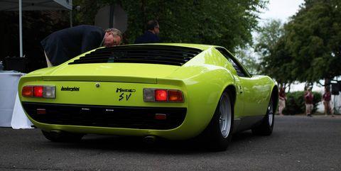 Land vehicle, Vehicle, Car, Sports car, Supercar, Lamborghini miura, Yellow, Coupé, Automotive design, Lamborghini,