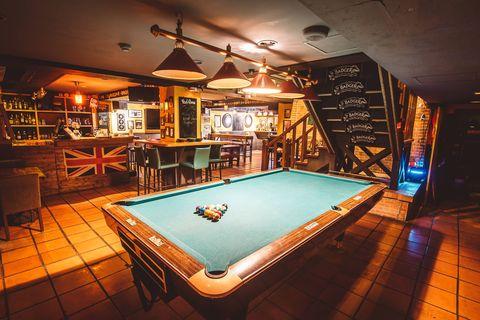 Pool, Billiard room, Billiard table, Indoor games and sports, Games, Recreation room, Billiards, Room, English billiards, Table,
