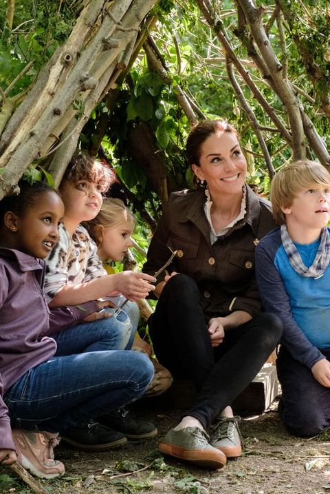 85f297414dde2 Kate Middleton Makes a Surprise Appearance on a Children's TV Show