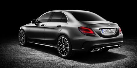 Land vehicle, Vehicle, Car, Automotive design, Personal luxury car, Mercedes-benz, Luxury vehicle, Mid-size car, Automotive lighting, Mercedes-benz c-class,