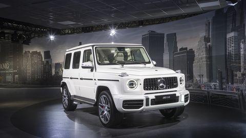 Land vehicle, Vehicle, Car, Motor vehicle, Mercedes-benz g-class, Automotive design, Automotive tire, Tire, Wheel, Sport utility vehicle,