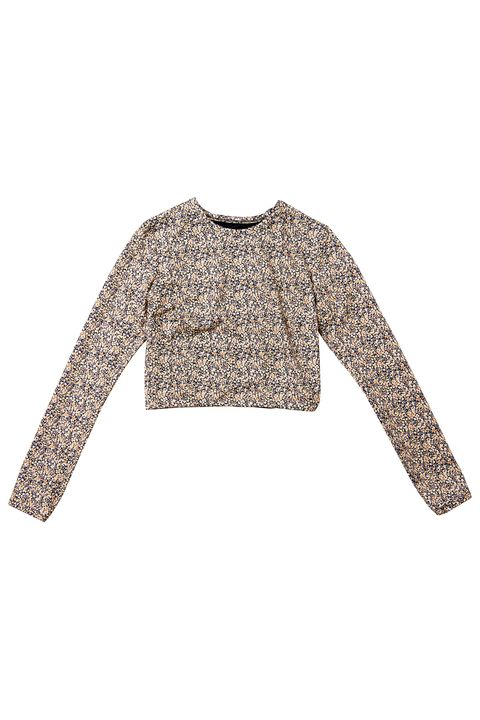 Clothing, Sleeve, Crop top, Shoulder, Outerwear, Top, Shirt, Blouse, Beige, T-shirt,