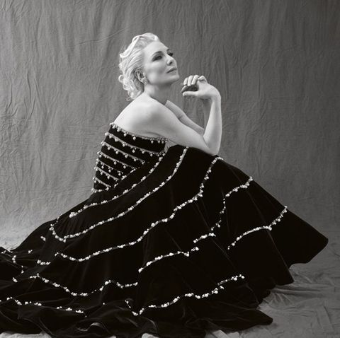 White, Black, Clothing, Dress, Beauty, Black-and-white, Fashion, Monochrome photography, Photography, Photo shoot,