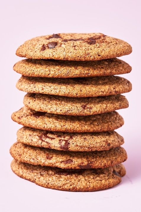 Food, Cookies and crackers, Snickerdoodle, Snack, Baked goods, Chocolate chip cookie, Cookie, Peanut butter cookie, Cuisine, Dish,