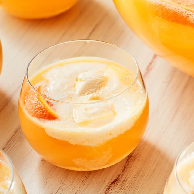40 Best Vodka Cocktails Easy Vodka Mixed Drinks
