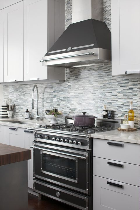 Countertop, Kitchen, Cabinetry, Kitchen stove, Room, White, Furniture, Tile, Property, Kitchen appliance,