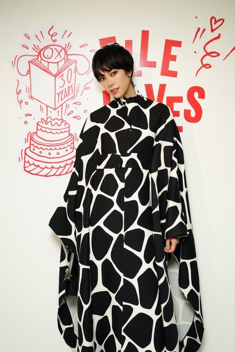 Clothing, Outerwear, Fur, Sleeve, Pattern, Costume, Pattern, Neck, Robe, Black-and-white,