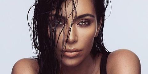 Hair, Lip, Hairstyle, Skin, Shoulder, Eyebrow, Joint, Black hair, Beauty, Neck,