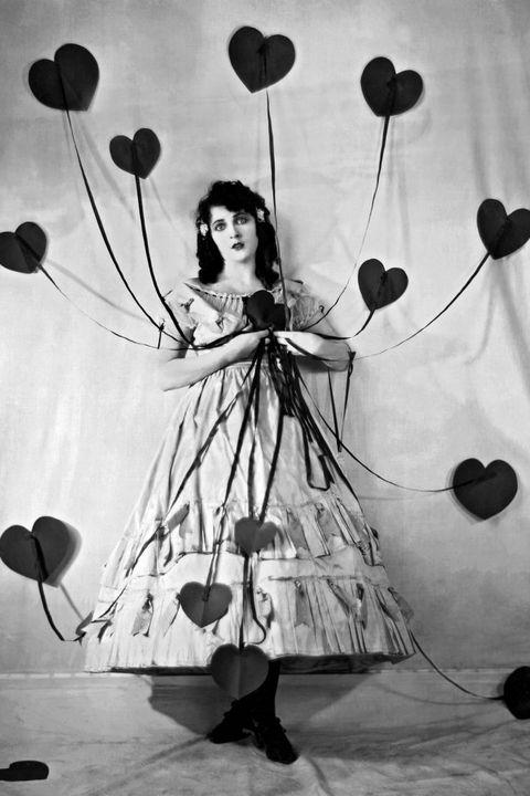 Black-and-white, Monochrome photography, Still life photography, Photography, Stock photography, Plant, Balloon, Illustration, Monochrome, Flower,