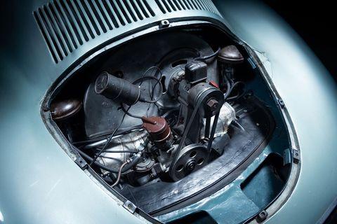 世界最古のポルシェ「タイプ 64」(Porsche Type 64)、落札価格は22億円超