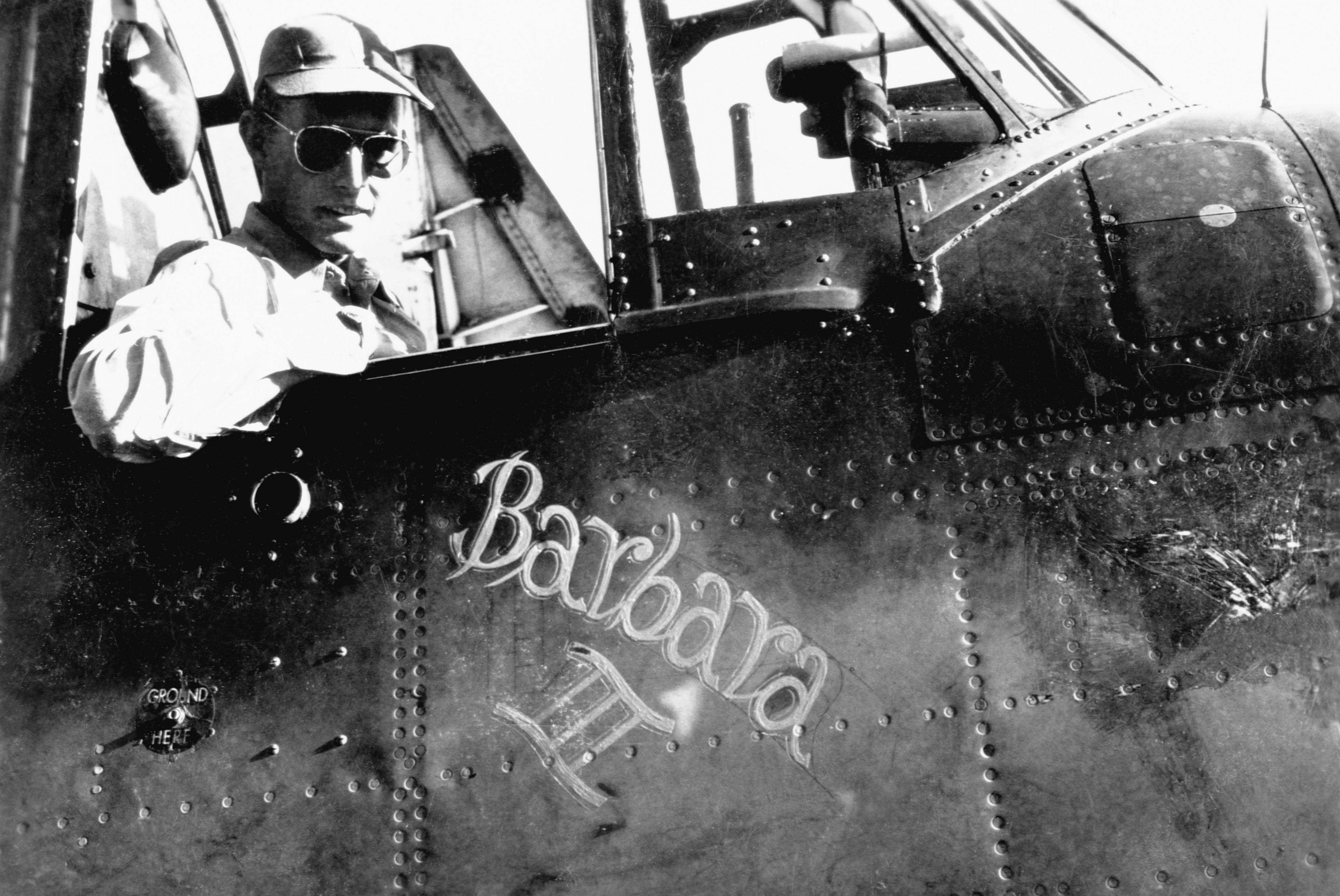 george h.w. bush 1945 barbara plane