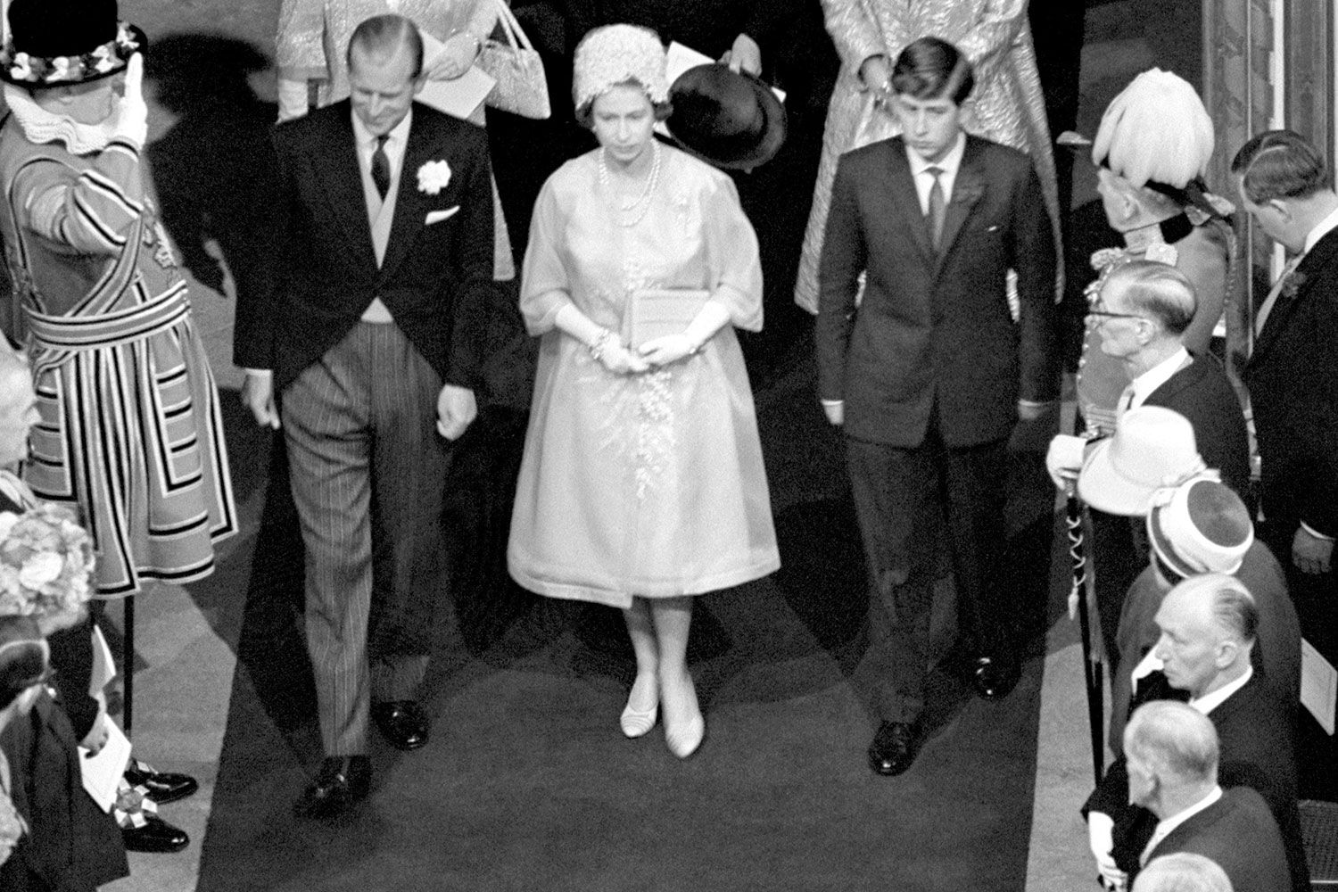 Bloody Christmas 1963.32 Of Queen Elizabeth S Best Royal Wedding Outfits