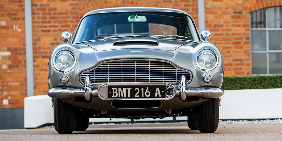 James Bond Aston Db5 Sells For 6 4 Million At Monterey Auction