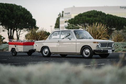 Land vehicle, Vehicle, Car, Classic car, Regularity rally, Coupé, Bmw, Sedan, Bmw new class, Family car,
