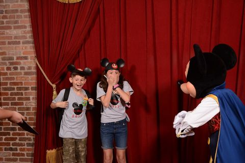 The Surprising News About Childrens >> This Video Of Mickey Surprising Foster Kids With Adoption Is Going