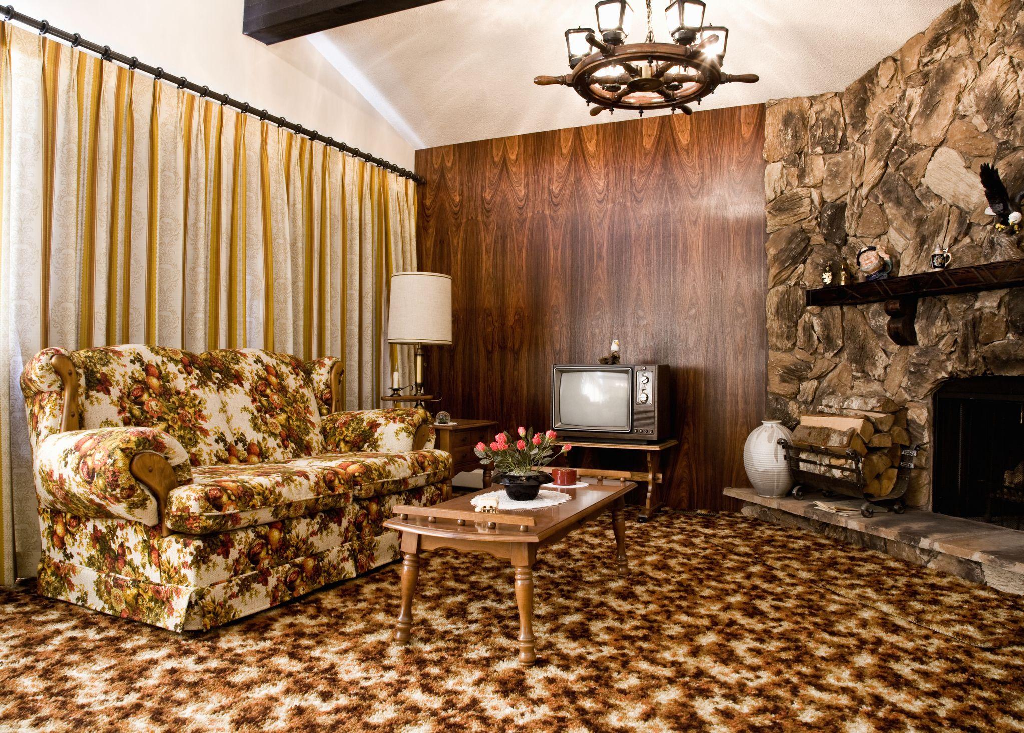 1970s-era-living-room-royalty-free-image-1576602746.jpg
