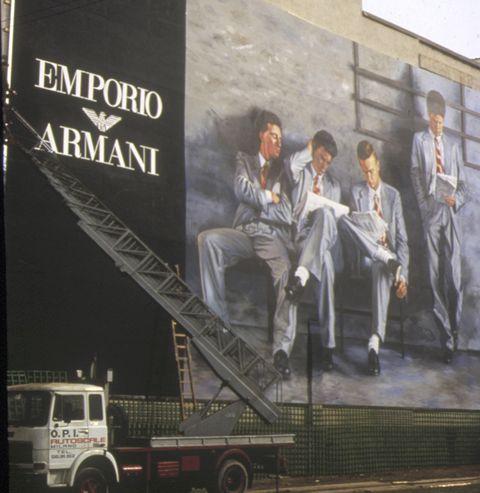 1984年のアルマーニ広告
