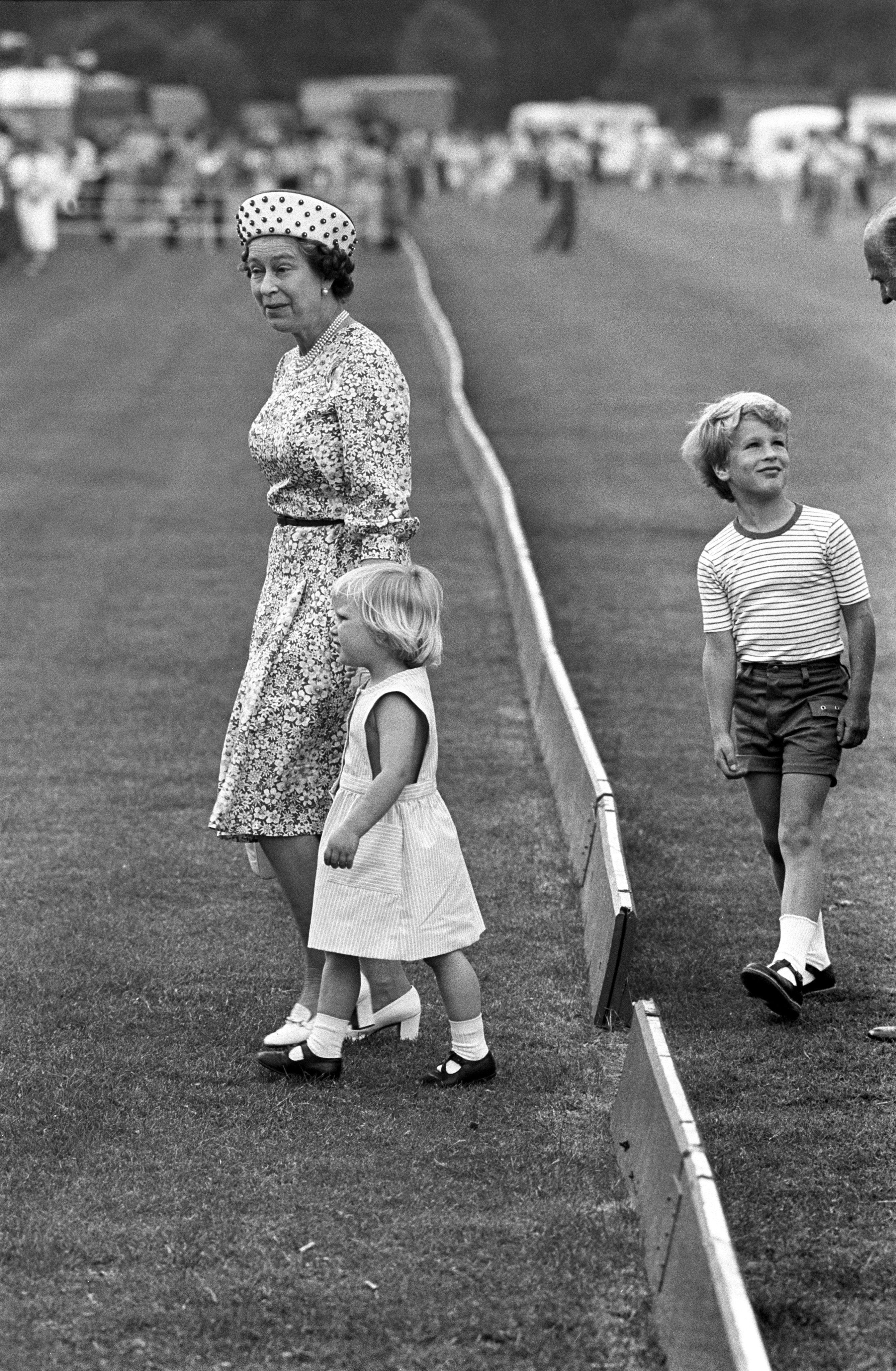 051f80caaa23 30 Times Queen Elizabeth II Was the Ultimate Grandma