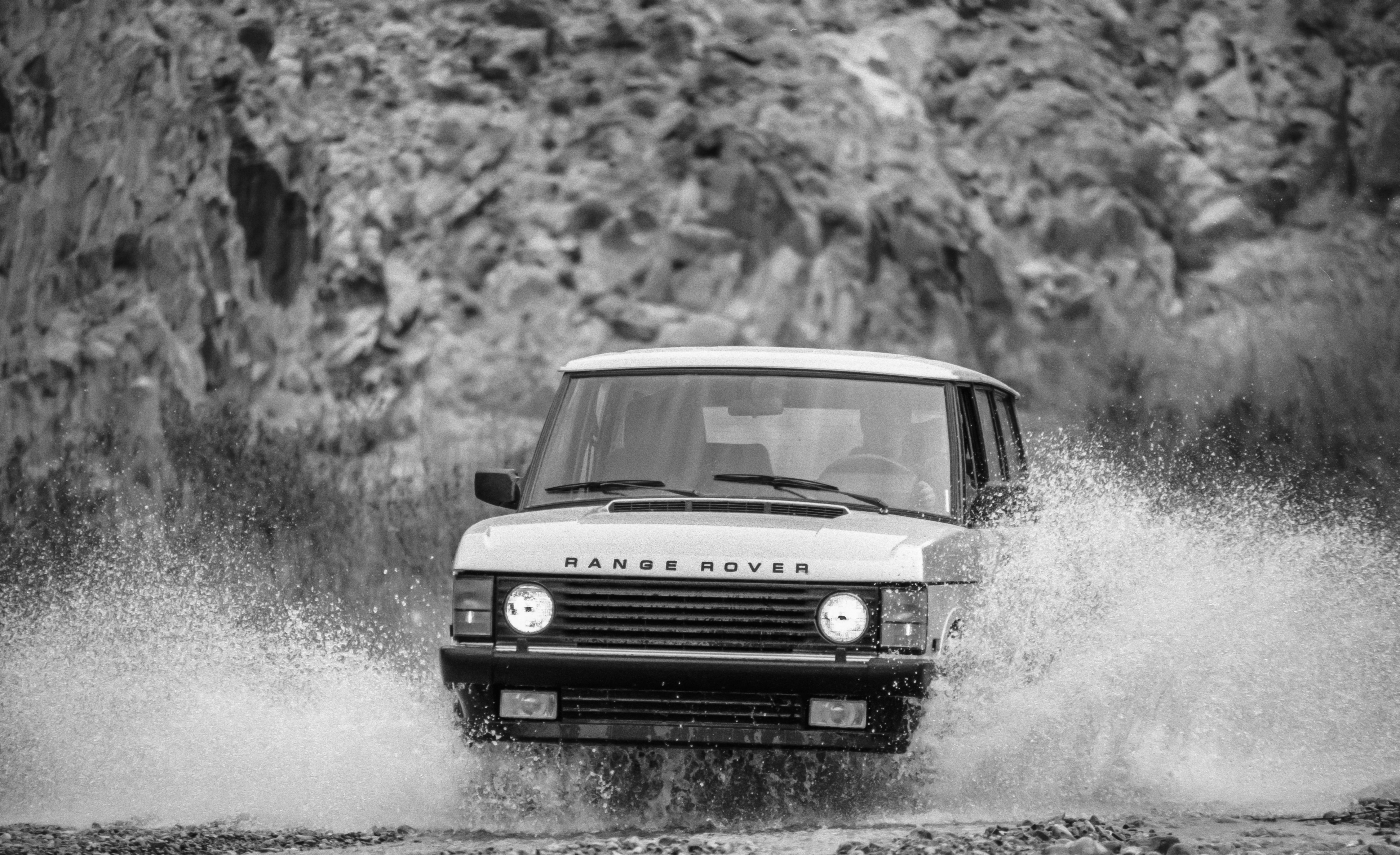 Tested 1987 Range Rover Makes Luxury And Suv Compatible