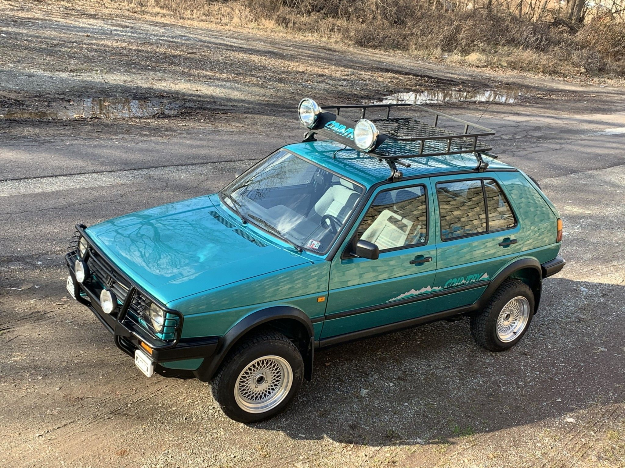 This Teal Volkswagen Golf Country Syncro Is the Ideal Radwood Ride