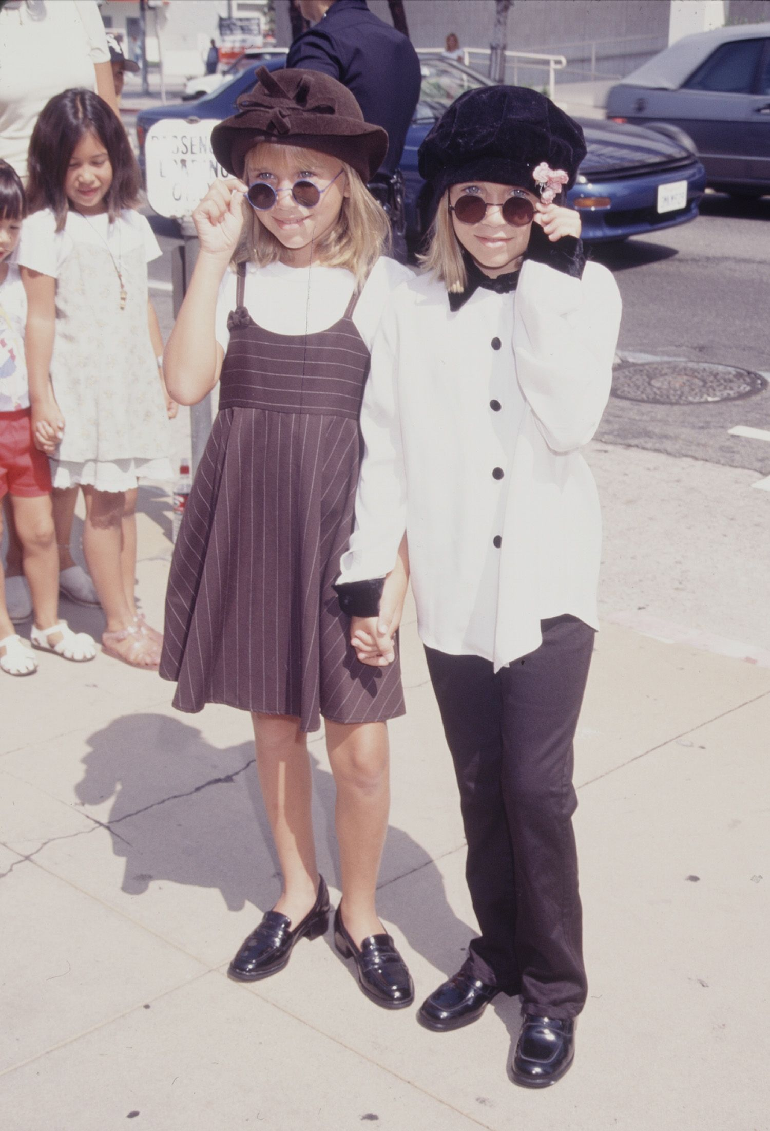 42 Photos Showing the Olsen Twins' Transformation - Mary