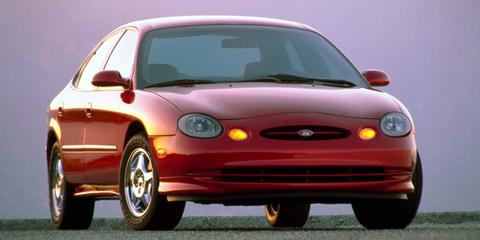 Land vehicle, Vehicle, Car, Sedan, Hood, Full-size car, Ford motor company, Ford, Compact car, Mid-size car,
