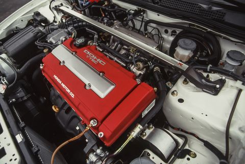 Tested: 1997 Acura Integra Type R Rewards Enthusiasts at 8400 RPMCar and Driver